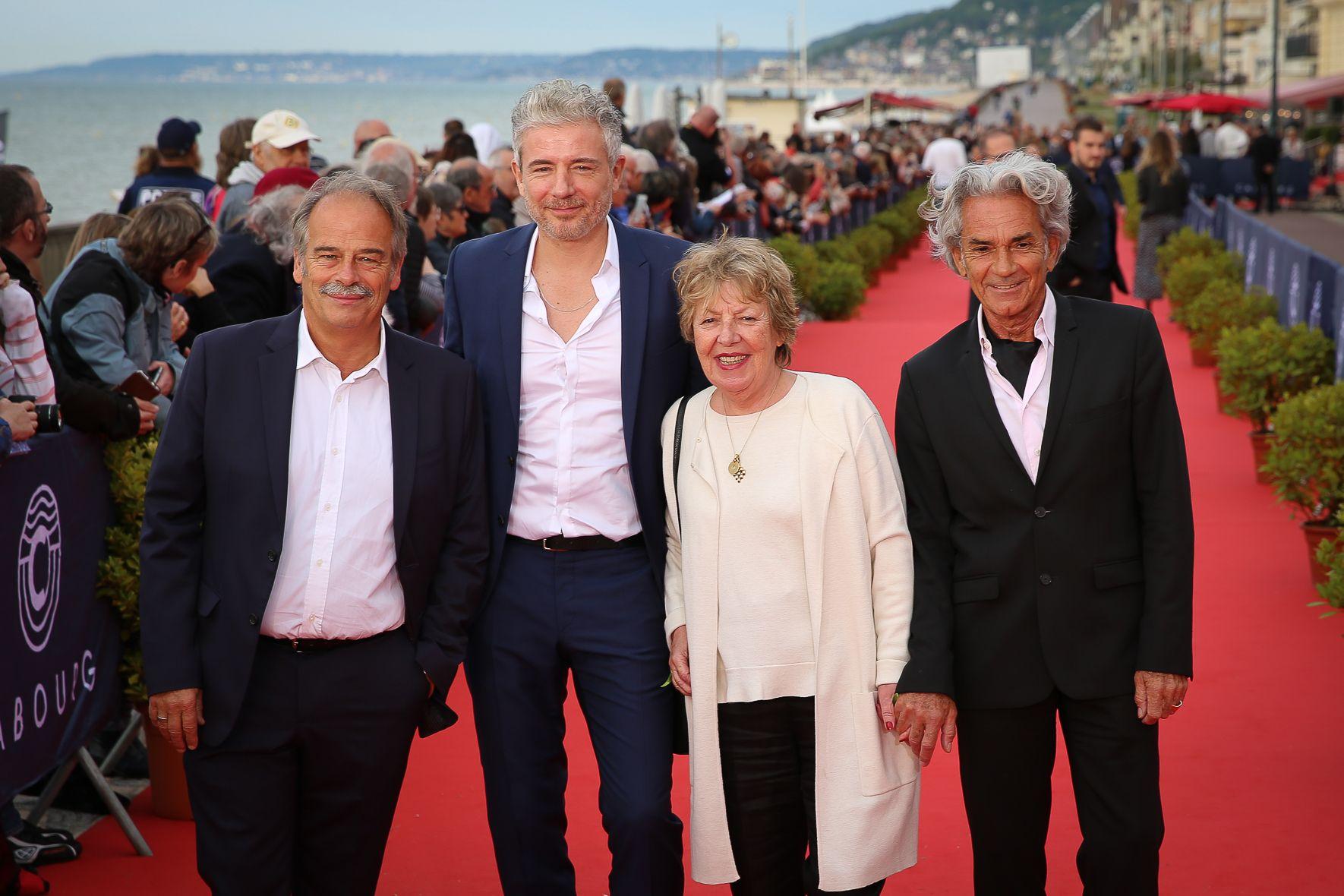 Le comité des Swann : Jean-Pierre Lavoignat, Pierre Zeni, Danielle Gain et Michel Rebichon